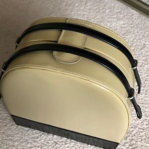 Other - Old Style Make Up/Travel Tan & Black Handled Case